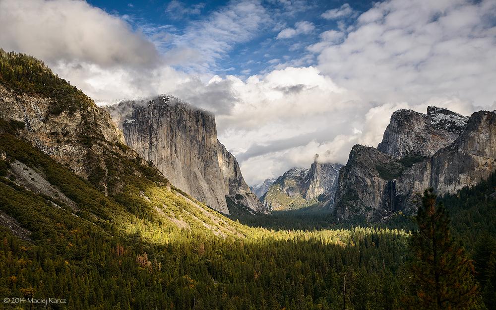 Yosemite Valley by MaciejKarcz