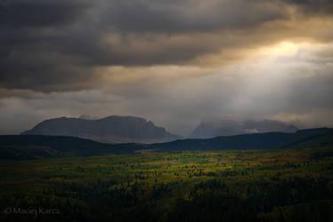 Misty Mountains Cold by MaciejKarcz