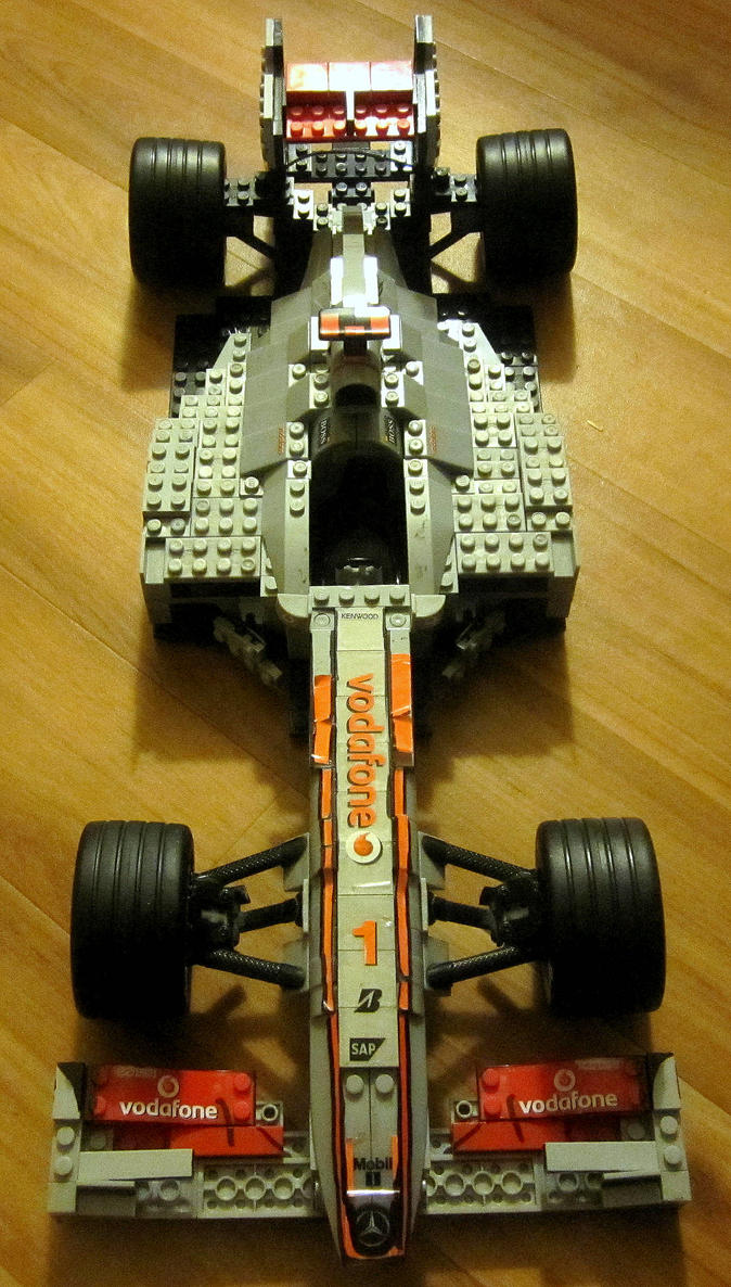 LEGO McLaren MP4 27 by Galbatore