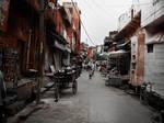 The Road to Taj