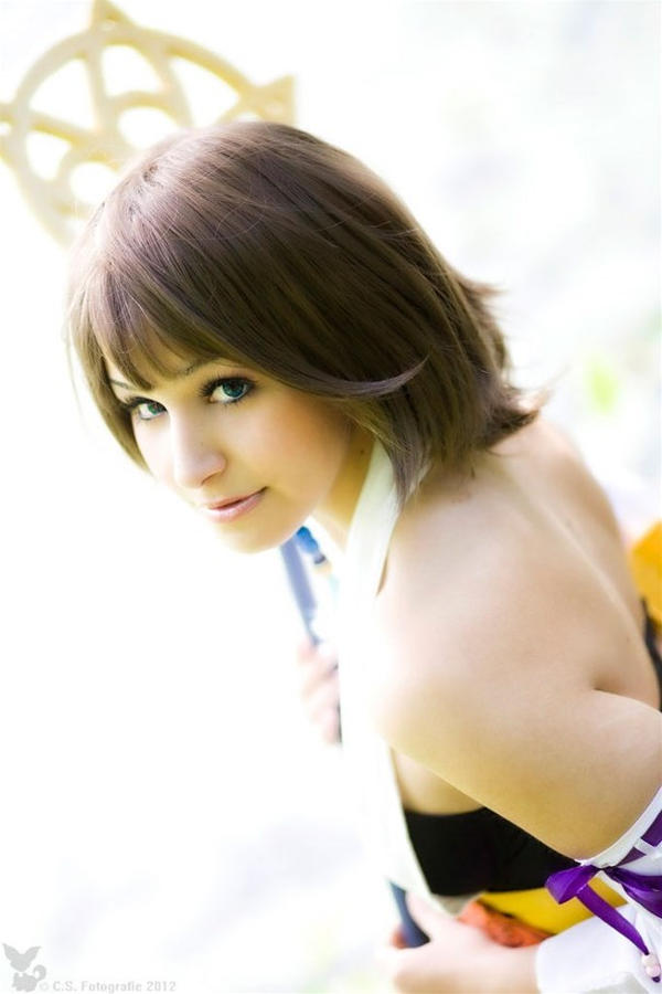 Final Fantasy X - Yuna #02 by Ama-la
