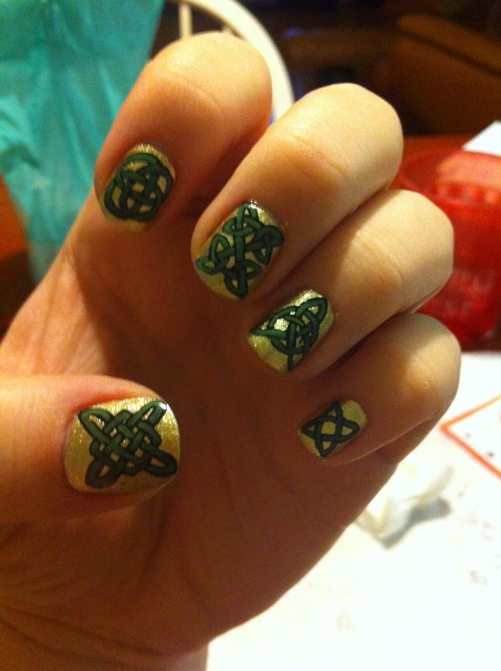 Celtic Knot Nail Art by ineedacat9 on DeviantArt