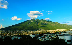 Cerro De La Silla by luiss9