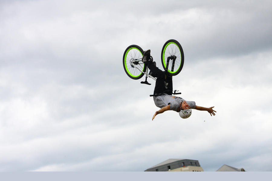 MTB Pro Backflip Condor by use-your-illusions on DeviantArt
