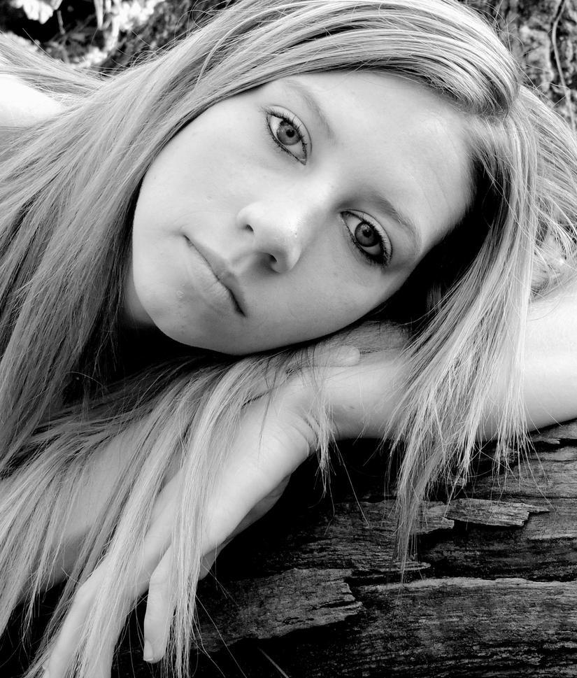 Haley 12 by KimmieMcgovern