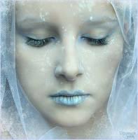 Frozen by Pinkmango77