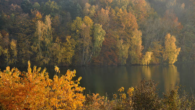 Turkus Lake in gold by Wirikos