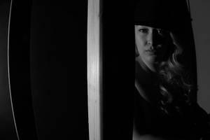 Portrait of a woman by UniqueNudes