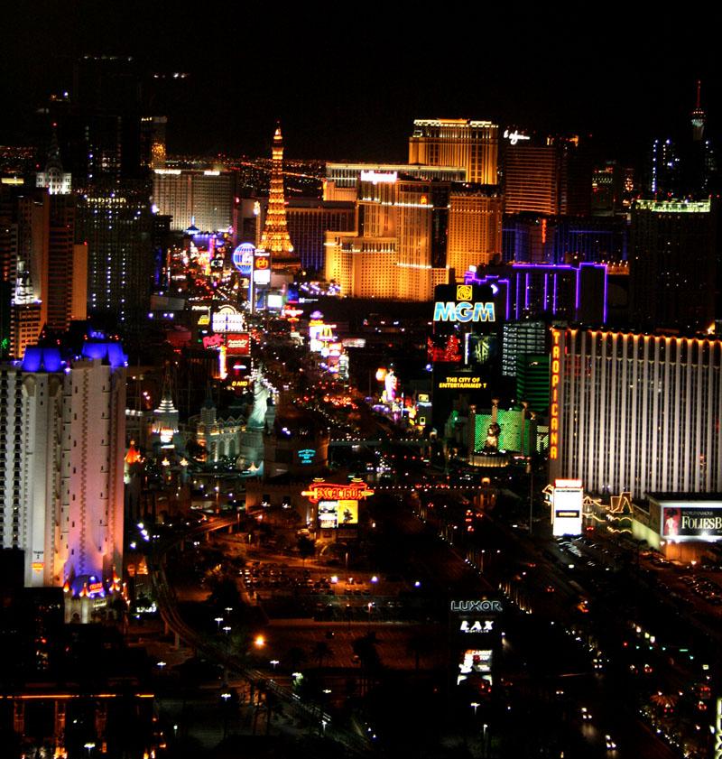 Vegas lights by UniqueNudes