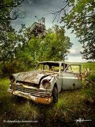 Yo, I'm an old car. by Obtenebratio