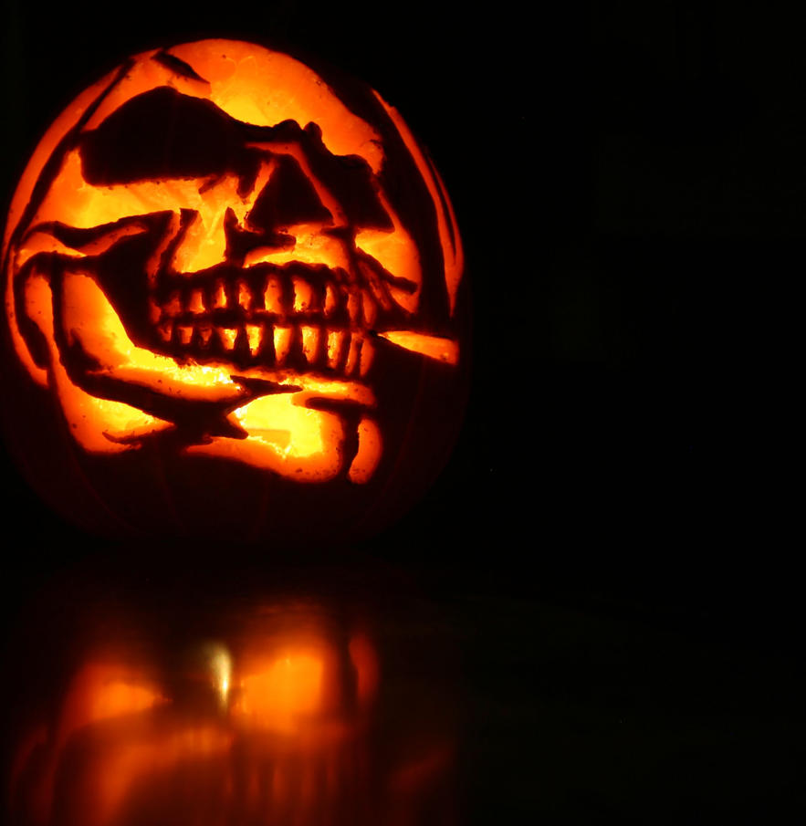 Pumpkin skull carving cropped by asskickingfatguy on