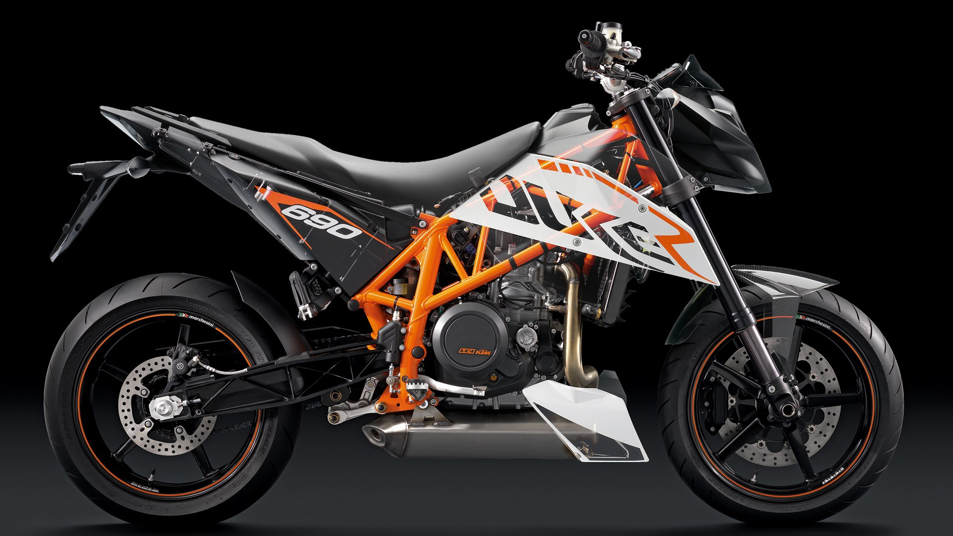 ktm duke 690 r ghostview by duke690r com on deviantart. Black Bedroom Furniture Sets. Home Design Ideas