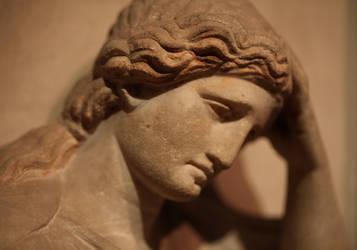 Crying woman by Suppi-lu-liuma