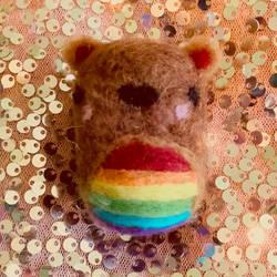 Happy pride month! Rainbow beaver feltie!