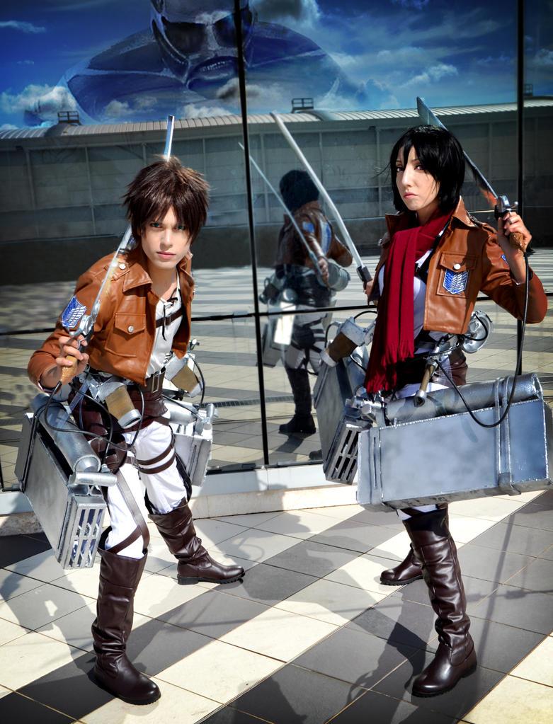 Colossal Attacking, Mikasa and Eren Cosplay by hakucosplay