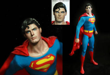 Hot Toys Superman Christopher Reeve figure repaint
