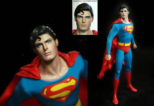 Hot Toys Superman Christopher Reeve figure repaint