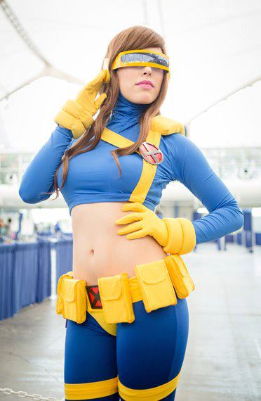 Female Cyclops by nadyasonika