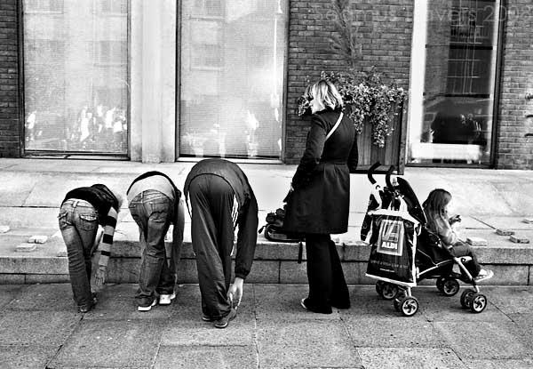 Scenes From a sidewalk by Treamus