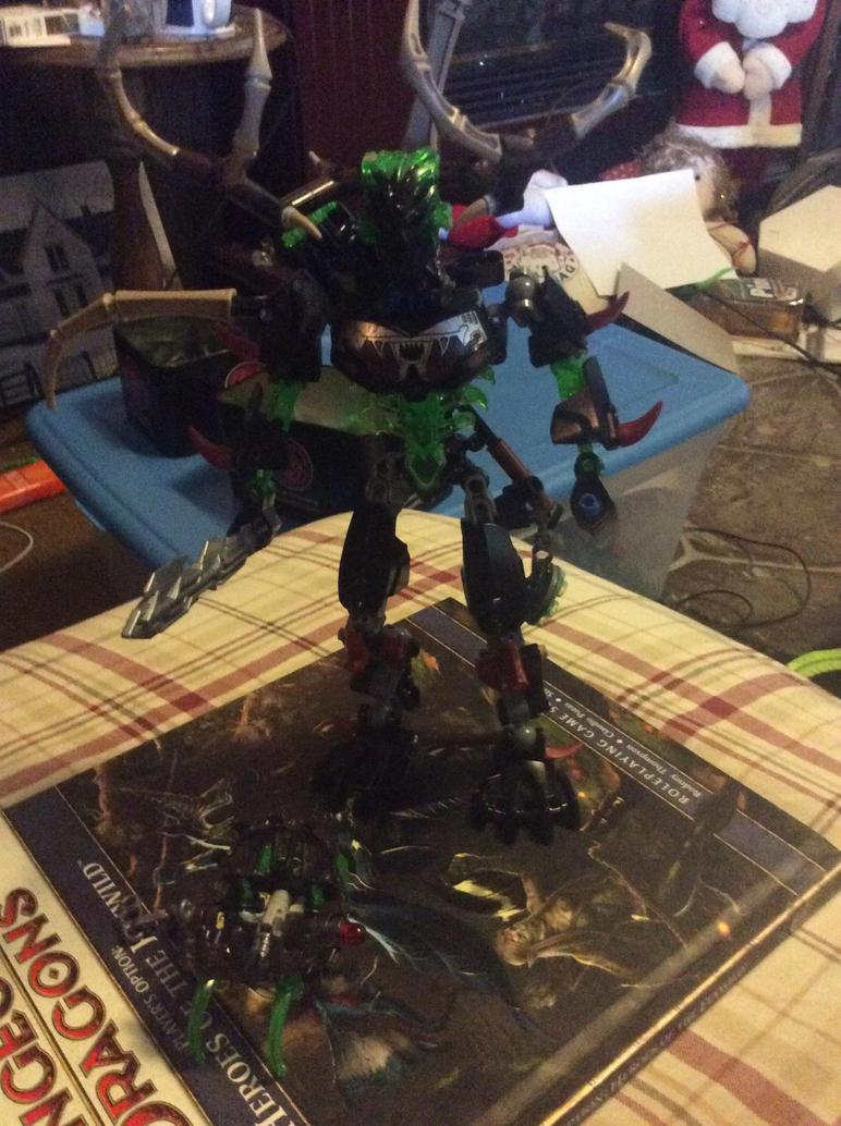 Umarak - alt. Weapon and Shadow Trap by DisturbedToxicReapa