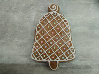 Gingerbread bell by LadyMalande