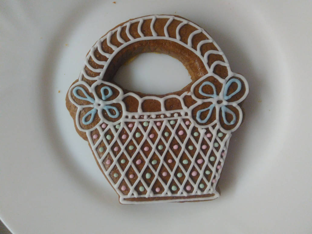 Gingerbread basket by LadyMalande