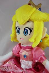 Princess Peach Doll by dollphinwing