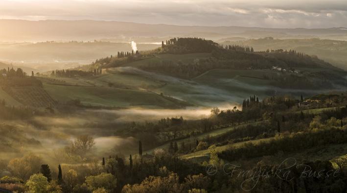 Morning in Tuscany V by Gambassi