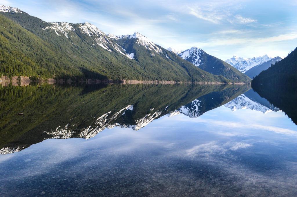 Chilliwack Lake in Winter by dashakern