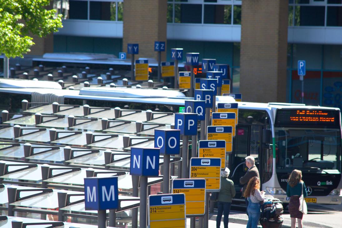 BusStationGroningen by hscheper