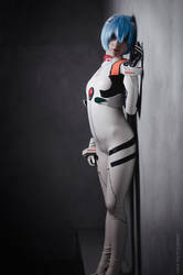 Rei Ayanami - Leaning