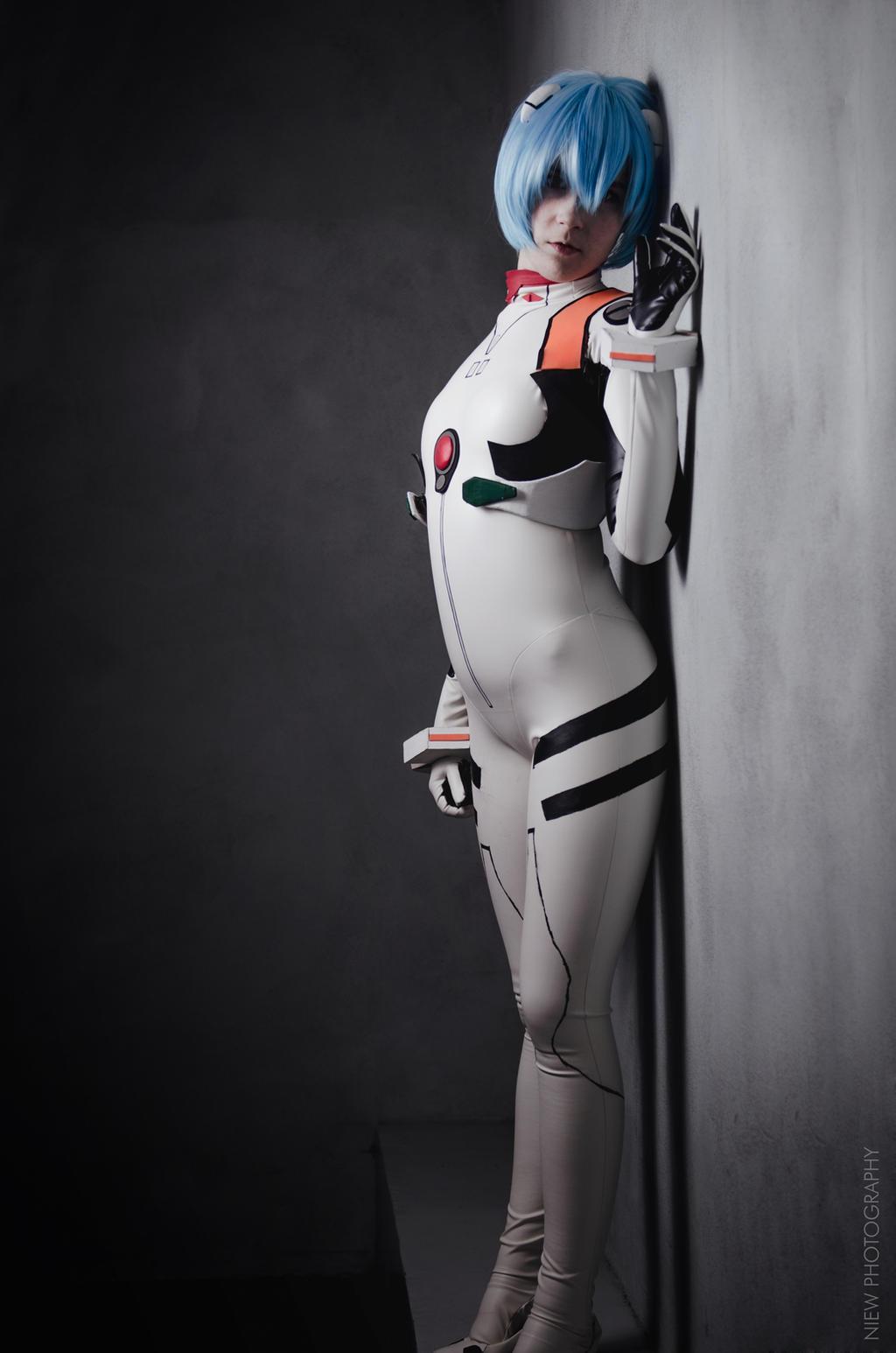 Rei Ayanami - Leaning by jatek