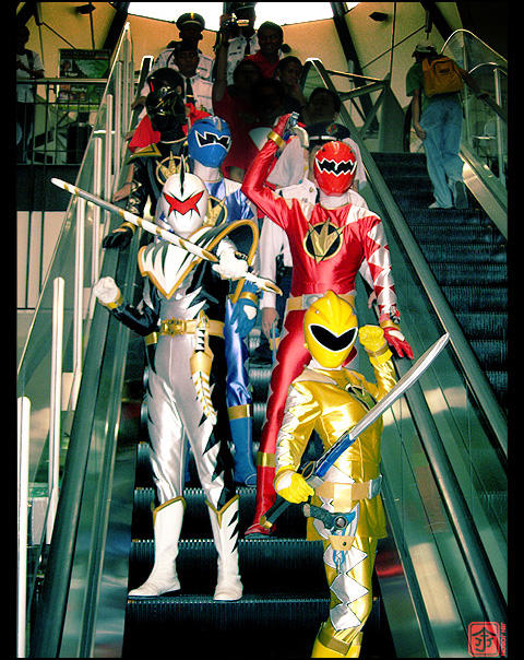 Ridin' the Escalatorzord by behindinfinity