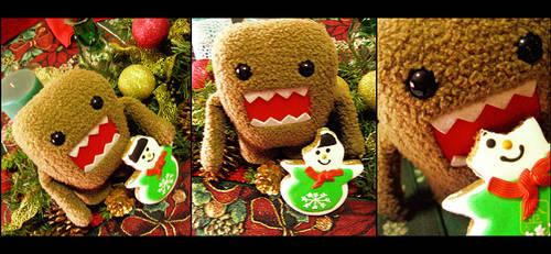Merry Christmas, Domo-kun by behindinfinity