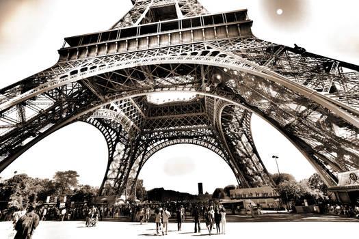 Paris - Eiffel Tower in HDR