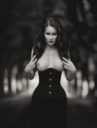 In black by Anette89