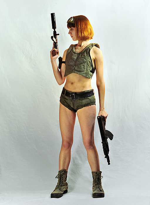 Girl with two guns by ohlopkov