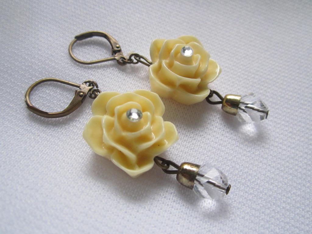 Sparkling Vanilla Rose Lever Back Earrings by SnowBunnyStudios