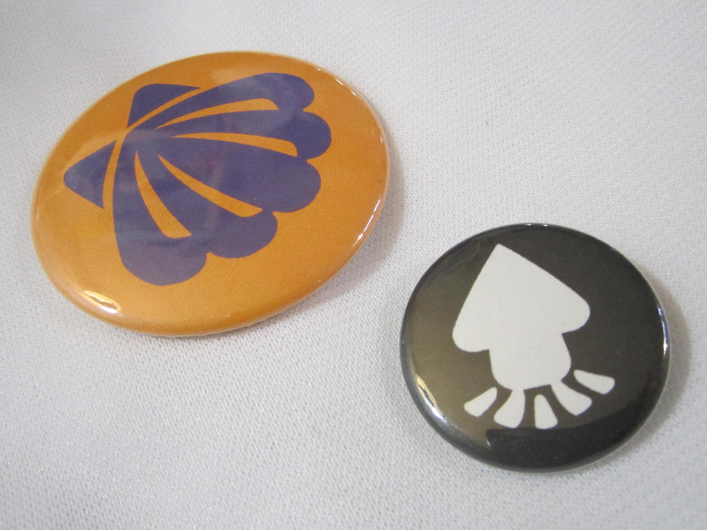 Splatoon inspired Buttons by SnowBunnyStudios