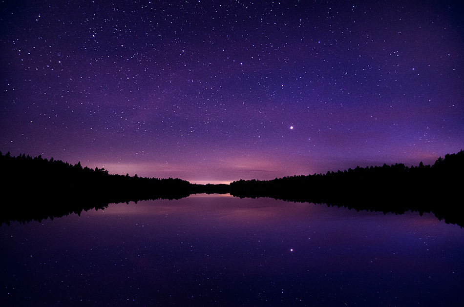 Star reflection by MikkoLagerstedt
