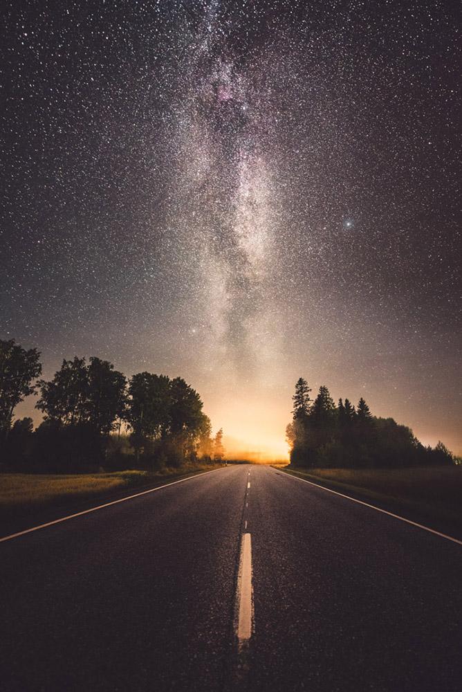 Glow by MikkoLagerstedt