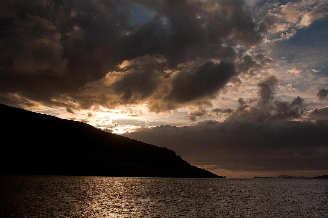 Skye sunset by ukwreckdiver