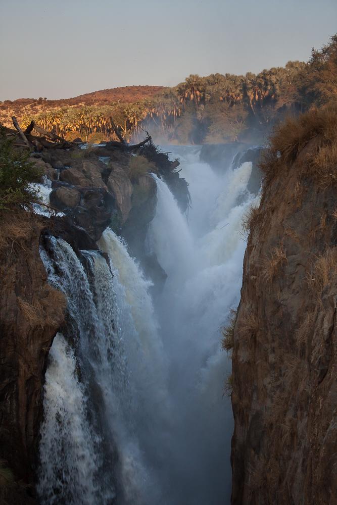 Epupa Falls 2 by ukwreckdiver