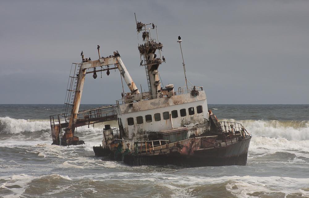 Shipwreck on Skeleton Coast by ukwreckdiver