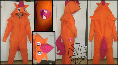 Commission: Scootaloo Cosplay / Kirugumi by kleinespika
