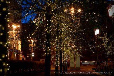 Flashlights by elledemiurgo