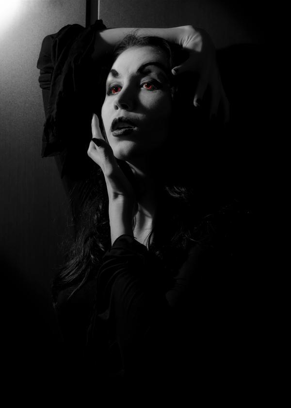 Vampira 2 by BelkaHazler