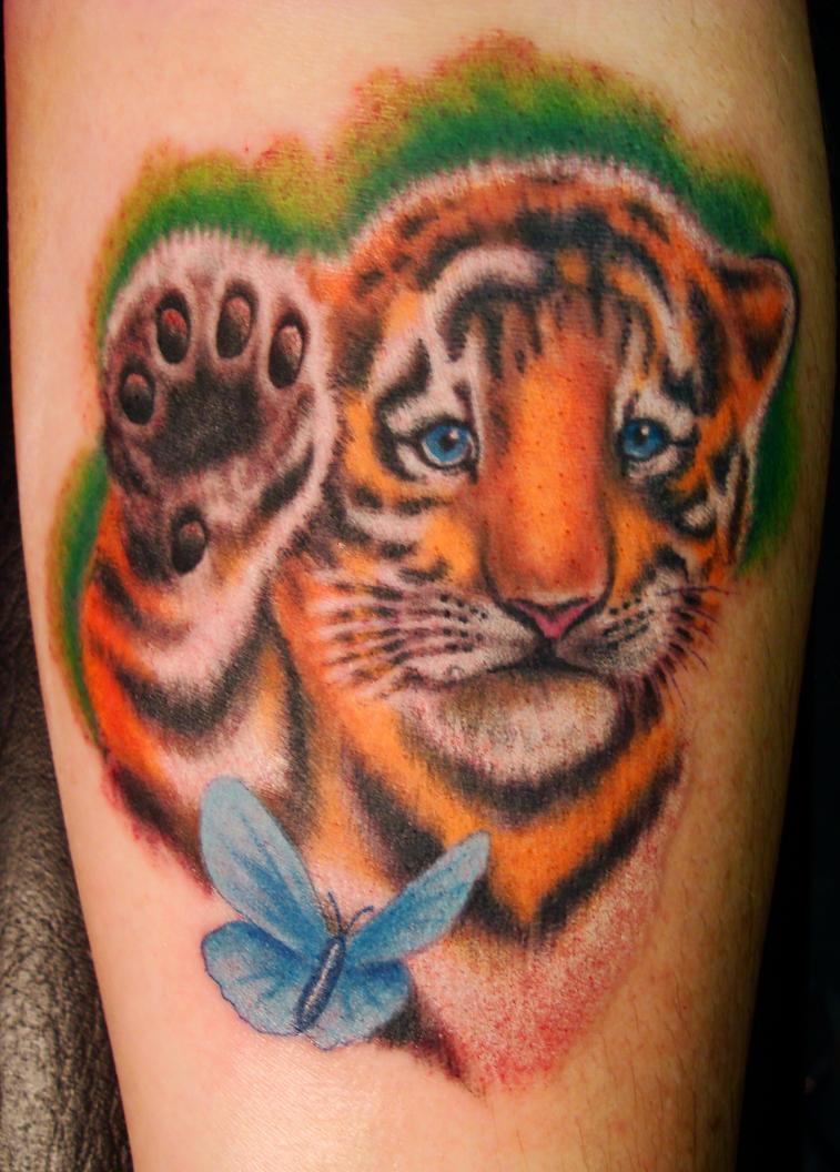 Тату тигрёнка