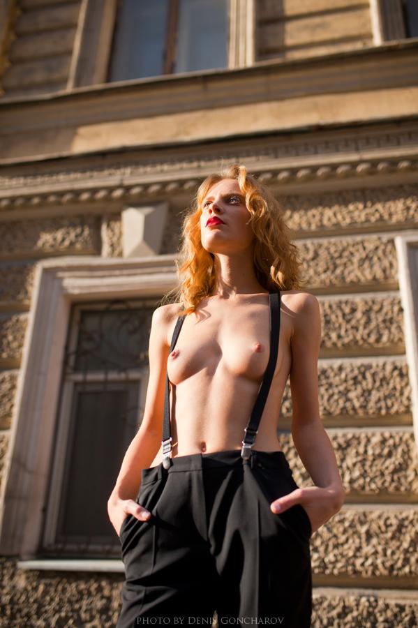 street nude by DenisGoncharov