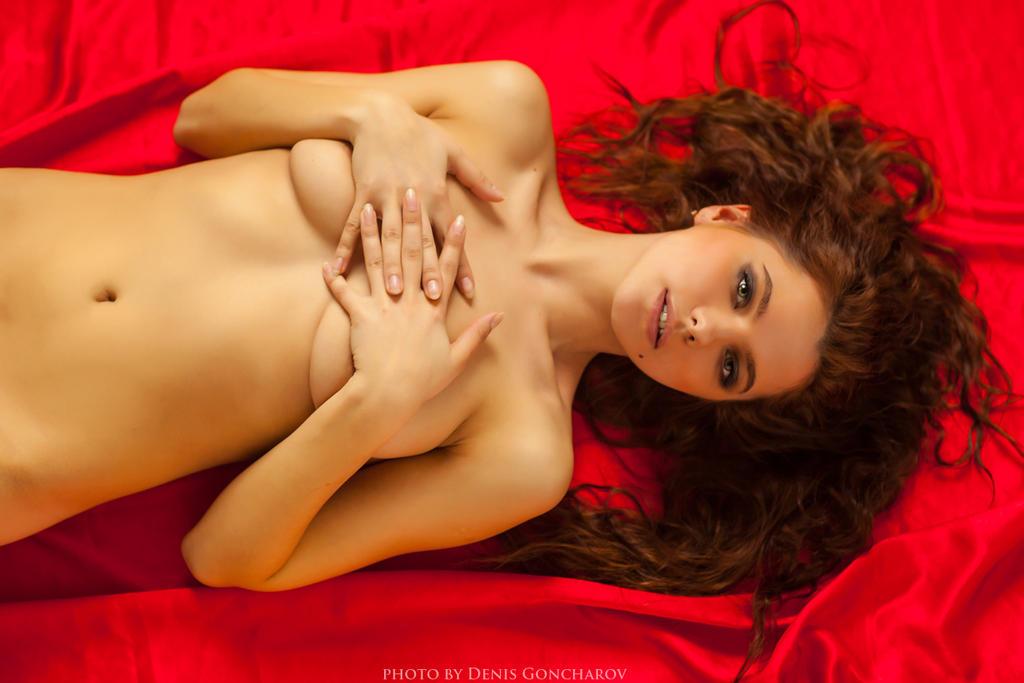 red by DenisGoncharov
